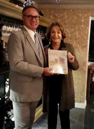Sr. Umberto Beltramea - Director Vatel Restaurante y  Elina Vignola
