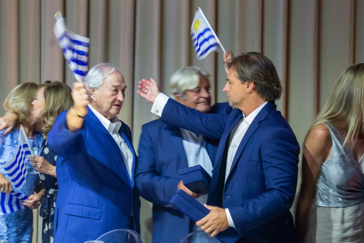 Brindis final Grosskopf y el presidente electo, Luis Lacalle Pou