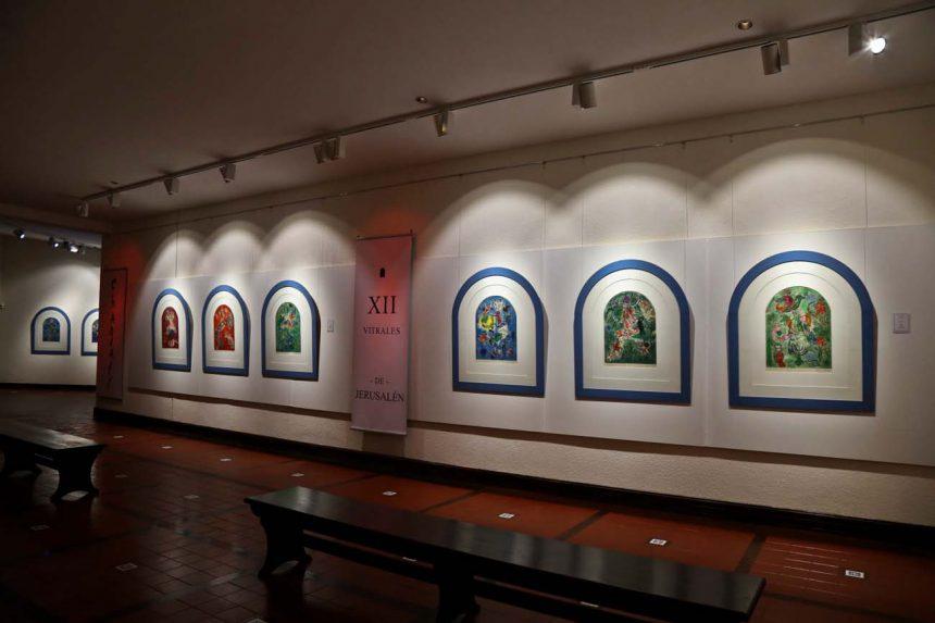 Exposición de vitrales en el Museo Ralli
